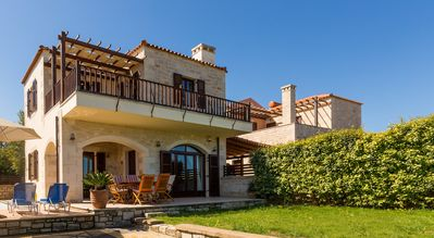 Photo for Villa Anissa, welcoming stone house, quiet with private pool