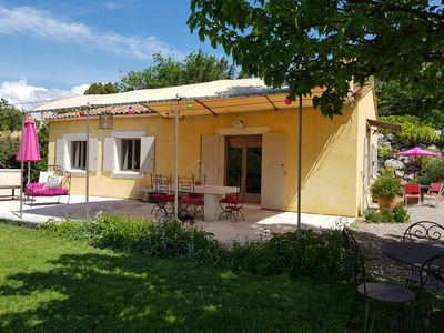Photo for House conditioned countryside Facing the Luberon with private pool