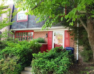 Photo for Large Townhouse Convenient to D.C., Mark Center Building and Charming Old Town