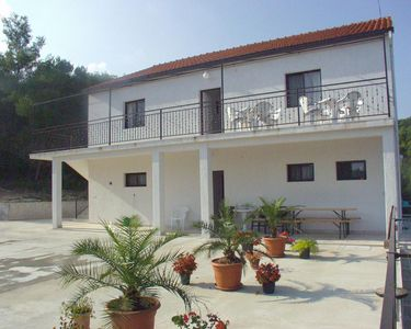 Photo for Apartment in Sutivan (Brač), capacity 10+0