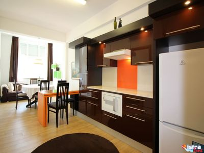 Photo for 2-4 persons, modern furnishings, air-conditioned, washing machine