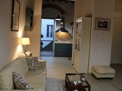 """Photo for """"Les Griffes House"""" in the center of Florence with lovely balcony"""