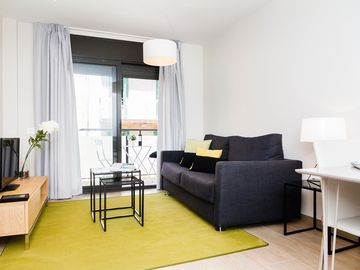 Completely new apartment with balcony in Barcelona