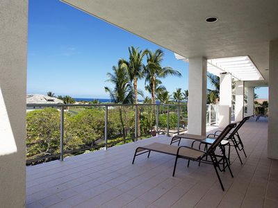Photo for Spacious 3 Bdrm Penthouse with an Ocean View!