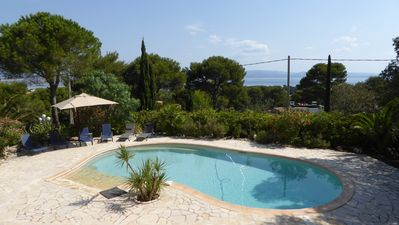 Photo for Villa sea view, large pool; exceptional location Giens peninsula