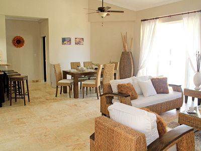 Photo for Sea-views Apt. in Luxury Beachfront Resort, jacuzzi/pool/internet/cable TV/AC
