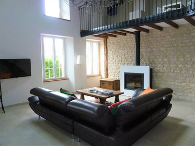 Photo for Very close to Royan, beautiful renovated Charentaise house