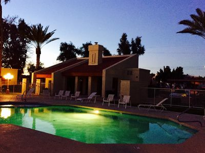 Photo for Nice 3BR Condo Overlooking Pool & Spa - Close to everything.