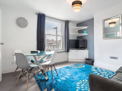 Photo for Apartment in London with Internet, Washing machine (1023266)