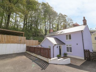 Photo for BUTLERS COTTAGE, romantic, with hot tub in Llandysul, Ref 967425