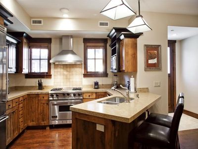 Kitchen with Viking appliances and granite countertops