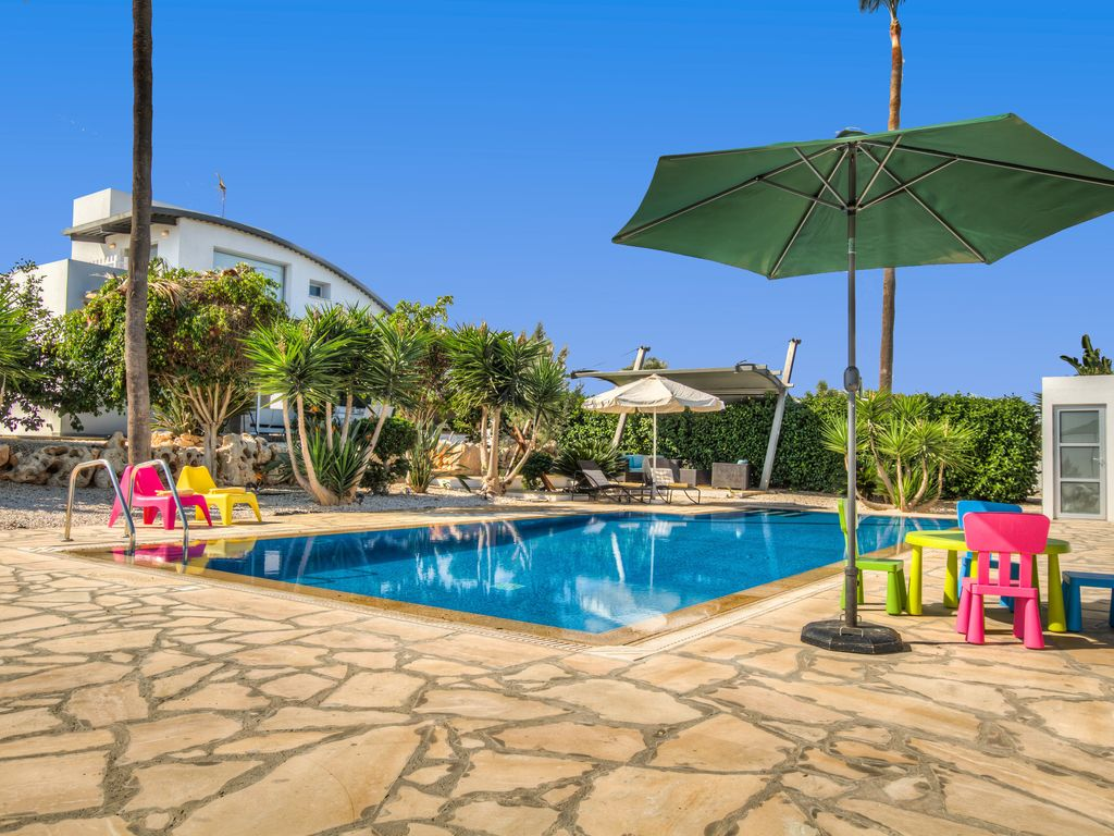 Exclusive villa st george privacy complet for Piscine 5x5
