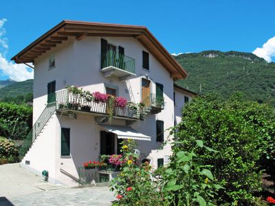 Photo for Apartment Cà Bianca (GRV115) in Gravedona - 6 persons, 2 bedrooms