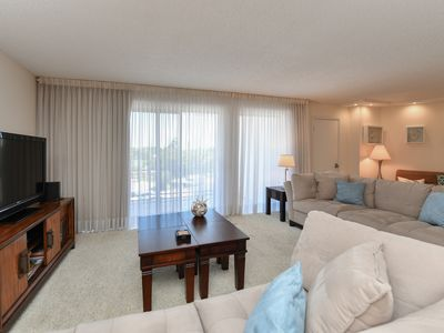 Photo for Luminous 2 bedrooms/2 bathrooms Lido Beach