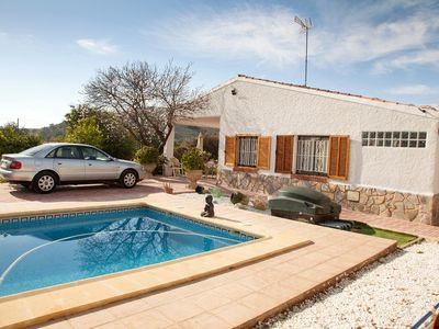 Photo for Beautiful renovated villa with private pool on 1300 meters of land, very quiet