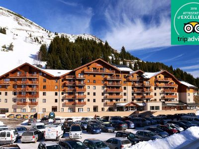 Photo for Family-friendly apartments near the slopes in the ski area L'Alpe d'Huez