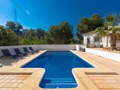 Photo for 2 bedroom Villa, sleeps 4 in Altea la Vella with Pool and WiFi