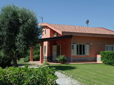 Photo for Stately villa with spacious garden and outdoor shower, 200 meters from the beach