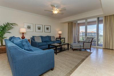 2 BR 569 Intracoastal View Condo in the Yacht Harbor
