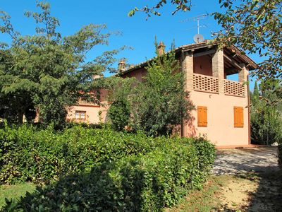 Photo for Apartment Casa Rossa  in Certaldo (FI), Florence and surroundings - 11 persons, 6 bedrooms