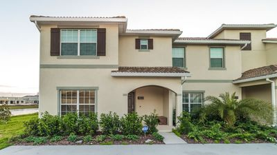 Photo for Gorgeous 5 bedroom and 4 bathroom townhome