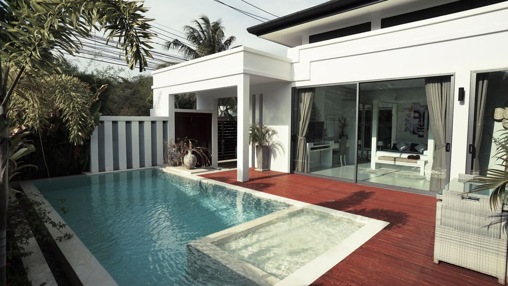 Exclusive Pool Villa Residence
