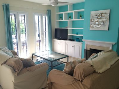 Lounge with English TV, wifi, sofa bed, ceiling fan, terrace