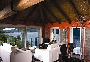 Photo for Comfortable penthouse in charming villa with A/C and stunning View Of Lake Orta