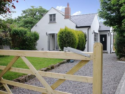 Photo for 3 bedroom property in Gower Peninsula. Pet friendly.