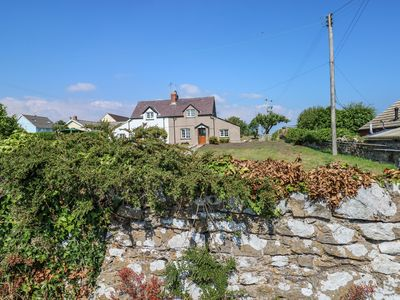 Photo for NO. 2 NEW COTTAGES in Bosherston, Pembrokeshire, Ref 987506
