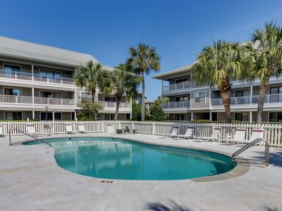 Photo for Coastal condo w/ patio & shared pool/tennis courts - 300 yards to beach!
