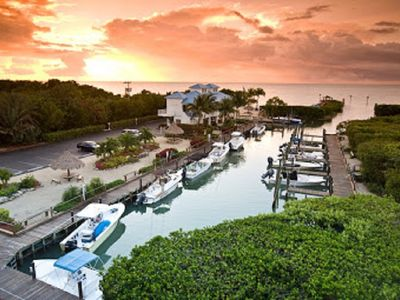 Photo for Key Largo 2 bedroom condo w/full kitchen & beach