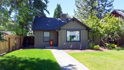 Photo for 2BR Cottage Vacation Rental in Bend, Oregon
