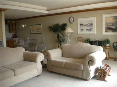 Photo for Across from Shady Gators & H Toad 5 BR Sleeps (10) 3,000 sq ft