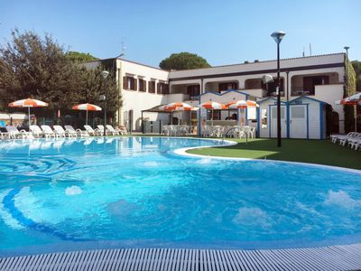 Photo for Apartment Res. Michelangelo Resort (LSP250) in Lido di Spina - 4 persons, 1 bedrooms