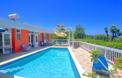 Photo for Free Cook/Housekeeper, Pool, 500m to Beach, 4 Beds, 3 Bdrms, (HTV236)