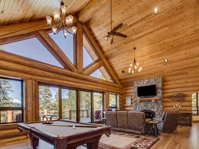 Photo for Breckenridge Cabin w/ Hot Tub, Bar & Mtn Views!