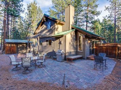 Photo for Cute cabin with wonderful community amenities - including a shared pool!