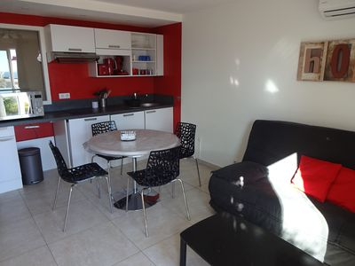 Photo for 2 rooms air-conditioned, Wifi, Sea View, Private parking. Beaches at 5 min. Near Nice.