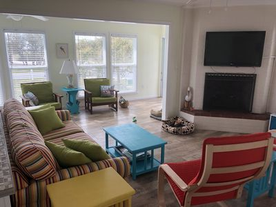 Photo for Sunny, Pet-Friendly Cottage With a Pool and Close to the Beach