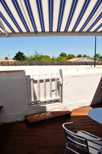 Photo for Charming T2 on the island of Noirmoutier with small full foot terrace