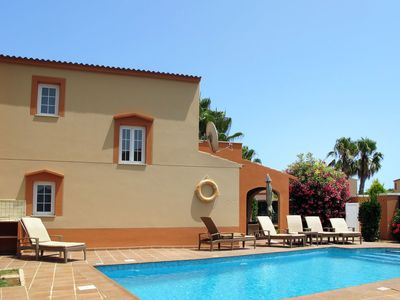 Photo for Nice apartment for 6 guests with WIFI, A/C, private pool, TV and parking