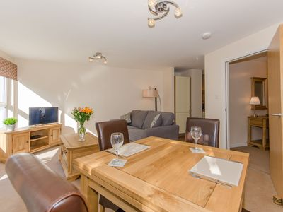 Photo for 1 Bedroom Apartment in Perth, short walk from city centre