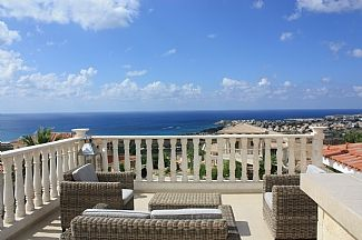 Photo for 3BR Villa Vacation Rental in Pegia