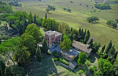 Photo for 8 bedroom Villa, sleeps 17 in Strada Statale Flaminia with Pool and WiFi