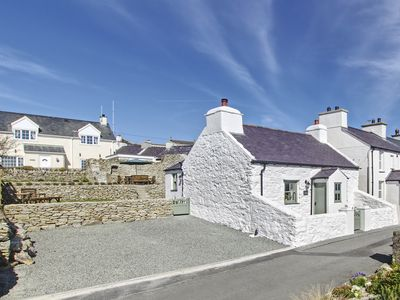 Photo for 2 bedroom accommodation in Mountain, near Holyhead