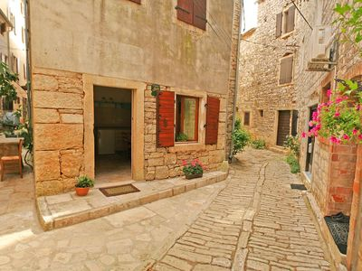Photo for Istrian stone house in the old town of Bale
