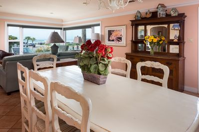 Family Room with view of the the ocean and pier.  CaliforniaVacationRentals.net
