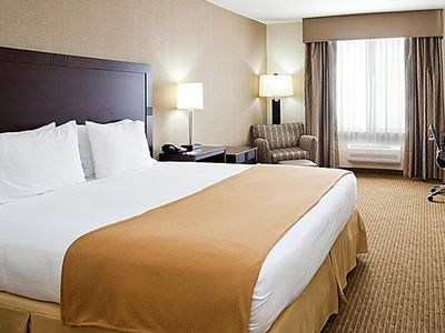 Photo for Eagan Jasper-Norwood Inn  - 1 King Bed Accessible Room Non Smoking