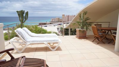 Photo for Villa with private pool and glass fiber 100MB internet, close to the sea with patio